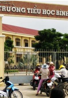 Vụ cô giáo bị bắt quỳ: Cô giáo xin nghỉ tạm thời,  kiểm tra vi phạm của phụ huynh