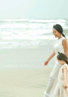 Đoan Trang khoe con gái lai đẹp tựa thiên thần