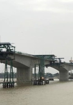 Cầu Hưng Hà nối 2 cao tốc sắp hoàn thành