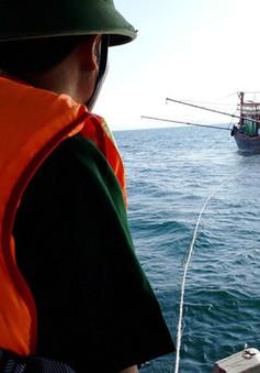 Bộ đội Biên phòng Quảng Bình cứu nạn 9 thuyền viên