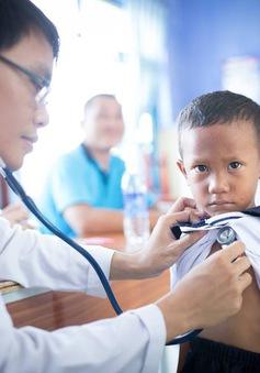 Khám, tầm soát bệnh tim miễn phí cho người lớn và trẻ nhỏ có hoàn cảnh khó khăn tại Phú Yên