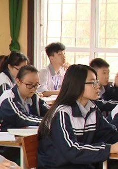 Học sinh Vĩnh Phúc gặp khó khăn với hình thức thi mới