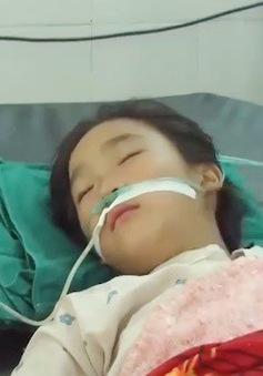 Thách nhau uống thuốc trừ sâu, 4 học sinh nhập viện
