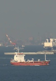 Cam kết cắt giảm khí thải trong ngành hàng hải