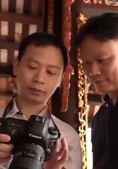 Người lưu giữ ký ức đình làng Việt