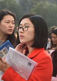 Trung Quốc tổ chức các kỳ thi trong ngành tài chính bằng tiếng Anh