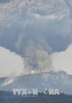 Núi lửa phun trào ở Tây Nam Nhật Bản