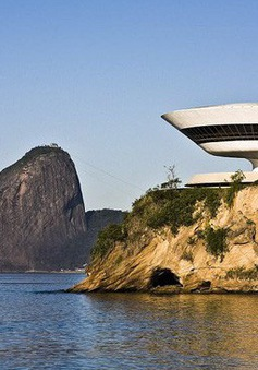 """Những công trình kiến trúc """"lạ đời"""" nhất thế giới"""