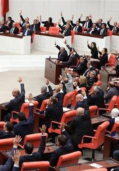 Quốc hội Thổ Nhĩ Kỳ tiếp tục gia hạn tình trạng khẩn cấp