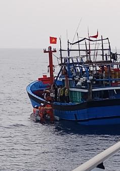 Cứu nạn thuyền viên tàu ĐNA 90449 TS lâm trọng bệnh