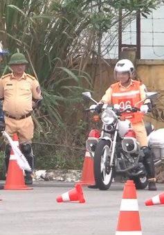 Đào tạo kỹ năng lái xe cho cảnh sát giao thông