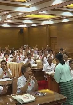 Lớp học dành cho người già ở Thái Lan