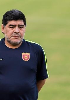 Diego Maradona bị CLB Al Fujairah sa thải