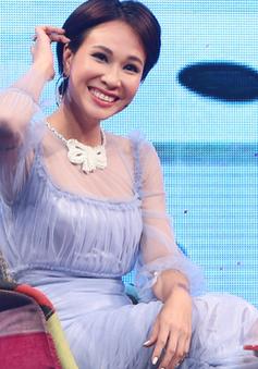 Uyên Linh từng bị từ chối vì catse cao