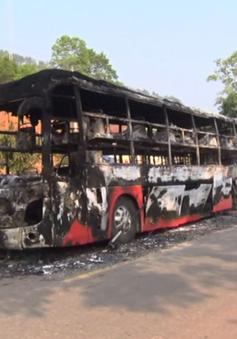 Cháy xe khách giường nằm trên đường Hồ Chí Minh, 34 hành khách may mắn thoát nạn