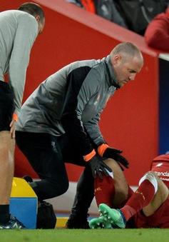 Salah đã nói gì với Jurgen Klopp khi rời sân vì chấn thương?