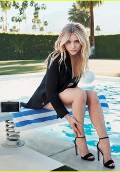 Trở lại với cậu cả nhà Beckham, Chloe Moretz ngày càng xinh đẹp
