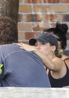 Miley Cyrus đã kết hôn?