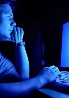 Ánh sáng màn hình màu xanh tăng nguy cơ ung thư