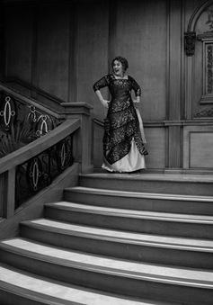 Adele mừng tuổi 30 theo phong cách phim Titanic