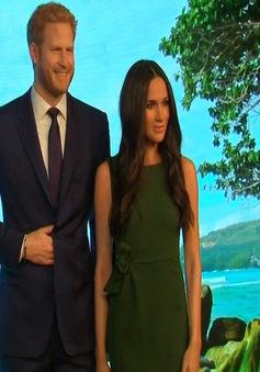 Video: Hoàng tử Harry và vị hôn thê được dựng tượng sáp giống đến ngỡ ngàng