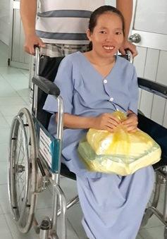 Hành trình vượt cạn thành công của mẹ bầu khuyết tật