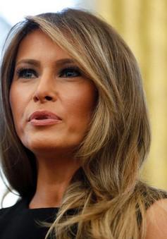 Đệ nhất phu nhân Mỹ Melania Trump nhập viện