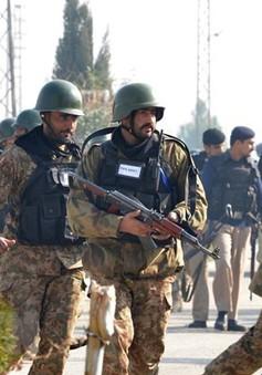 Pakistan tiêu diệt 5 đối tượng đang thực hiện vụ tấn công liều chết