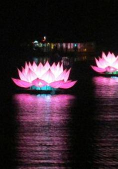 Đại lễ Phật Đản Phật lịch 2562: Thắp sáng 7 đài sen trên sông Hương