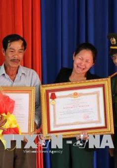 Chủ tịch nước truy tặng Huân chương Dũng cảm Chiến sĩ cứu người