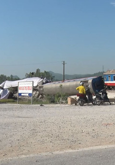 Đình chỉ công tác 2 nhân viên gác chắn trong vụ tai nạn tàu hỏa ở Thanh Hóa