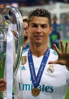 """Lộ lý do C.Ronaldo muốn ra đi: Chủ tịch Perez """"nuốt lời"""""""
