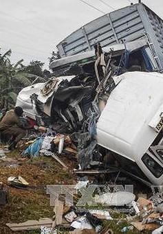 Tai nạn giao thông thảm khốc ở Uganda, gần 50 người thiệt mạng