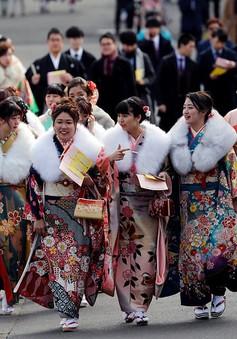 Nhật Bản hạ tuổi trưởng thành xuống 18 tuổi