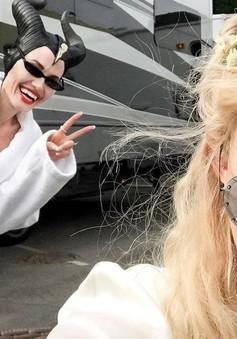 "Angelina Jolie lần đầu ""lộ diện"" trên Instagram"