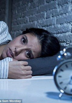 """Mất ngủ khiến não tự """"ăn"""" chính mình, gây bệnh mất trí"""