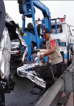 Tai nạn trên cao tốc Trung Lương - TP.HCM, 5 người thương vong