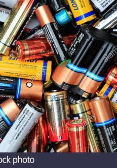Pin đã qua sử dụng nên vứt bỏ thế nào để không độc hại?