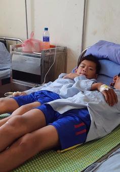 Cập nhật: Số nạn nhân nghi ngộ độc cỗ cưới tại Sơn La đã lên tới hơn 200 người