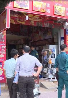 """Các thành phố du lịch miền Trung chấn chỉnh vi phạm, xử lý """"rác quảng cáo"""""""