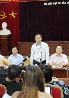 Đình chỉ công tác 30 ngày đối với giám thị làm lọt đề thi lớp 10 tại Hà Nội