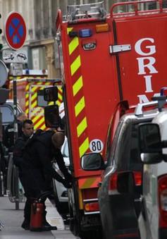 Pháp kết thúc vụ giải cứu con tin tại Paris