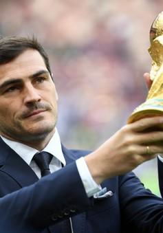 Iker Casillas hốt hoảng lên tiếng trước thông tin giải nghệ