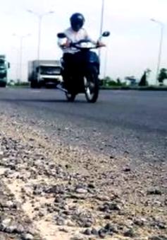 Xe tải gây mất ATGT trên cầu vượt biển dài nhất Việt Nam