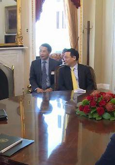 Phó Thủ tướng Vương Đình Huệ làm việc với lãnh đạo Thượng viện và các Bộ, ngành của Hoa Kỳ