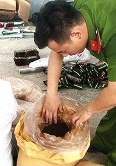 Bắt quả tang cơ sở sản xuất cà phê giả tại TT- Huế