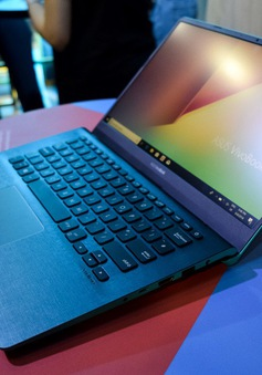 ASUS trình làng bộ đôi VivoBook và laptop gập xoay