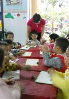 """UBND tỉnh Bình Định chỉ đạo kiểm điểm, xử lý vụ 11 cô giáo bị """"treo"""" biên chế"""