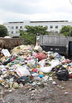Dân xả rác bừa bãi do chính quyền buông lỏng quản lý