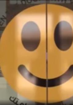 Cánh cửa nụ cười – phá vỡ sự tẻ nhạt nơi công sở